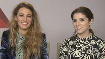 L'Ombre d'Emily : l'interview Vrai ou Faux d'Anna Kendrick et Blake Lively