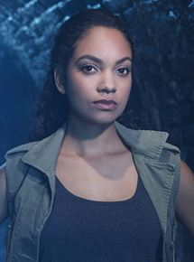 Lyndie greenwood cut to the chase 2016 - 2 2