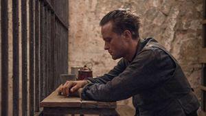 Une vie cachée : qui est August Diehl, le héros du film de Terrence Malick ?