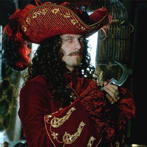 Peter pan film 2003 allocin - Peter pan et capitaine crochet ...