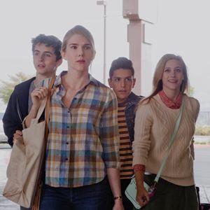 Miss Stevens : Photo