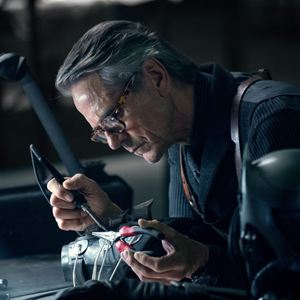 Justice League : Photo Jeremy Irons