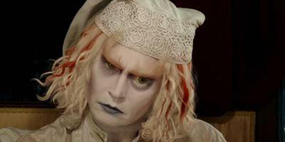 News du film alice au pays des merveilles allocin for Alice dans le miroir balthus