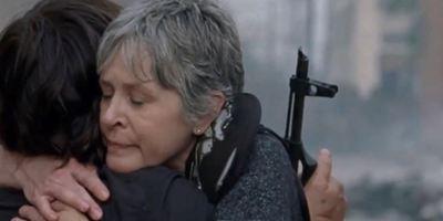 The Walking Dead: Carol et Daryl prennent les armes dans un extrait de la saison 8