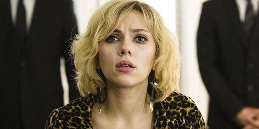 De Lucy à Intouchables : les 10 plus gros succès du cinéma français dans le monde