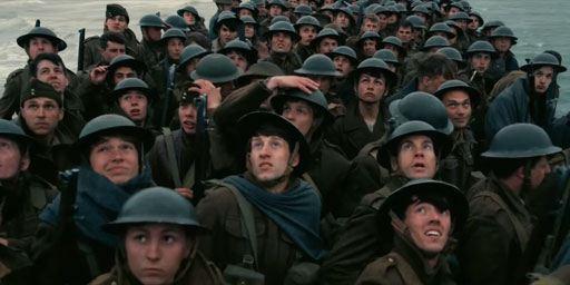 """De """"The Dark Knight"""" à """"Dunkerque"""" : 15 plans de Nolan qui nous ont laissés bouche bée"""
