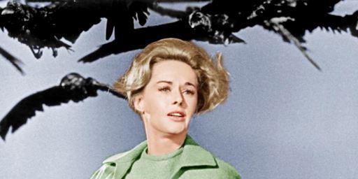 Alfred Hitchcock : comment le maître du suspense a ruiné la carrière de Tippi Hedren