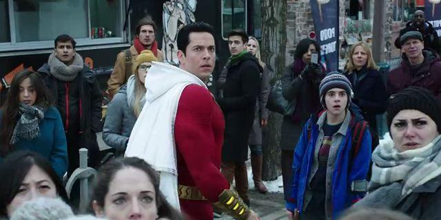 Shazam ! : le super-héros combat le Mal et se paye des bières dans le spot TV du prochain film DC Comics
