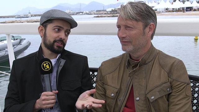 """Arctic : """"Ce que vous voyez à l'écran est réel"""", affirment Mads Mikkelsen et le réalisateur Joe Penna"""
