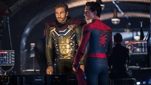 Spider-Man : Jake Gyllenhaal se cache au début de Far From Home, l'avez-vous remarqué ?