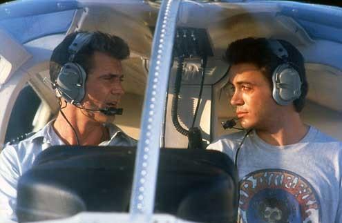 Air America : Photo Mel Gibson, Robert Downey Jr., Roger Spottiswoode