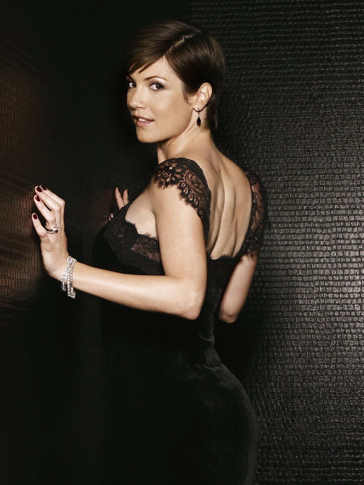 Zoe Mclellan Video Hot 37