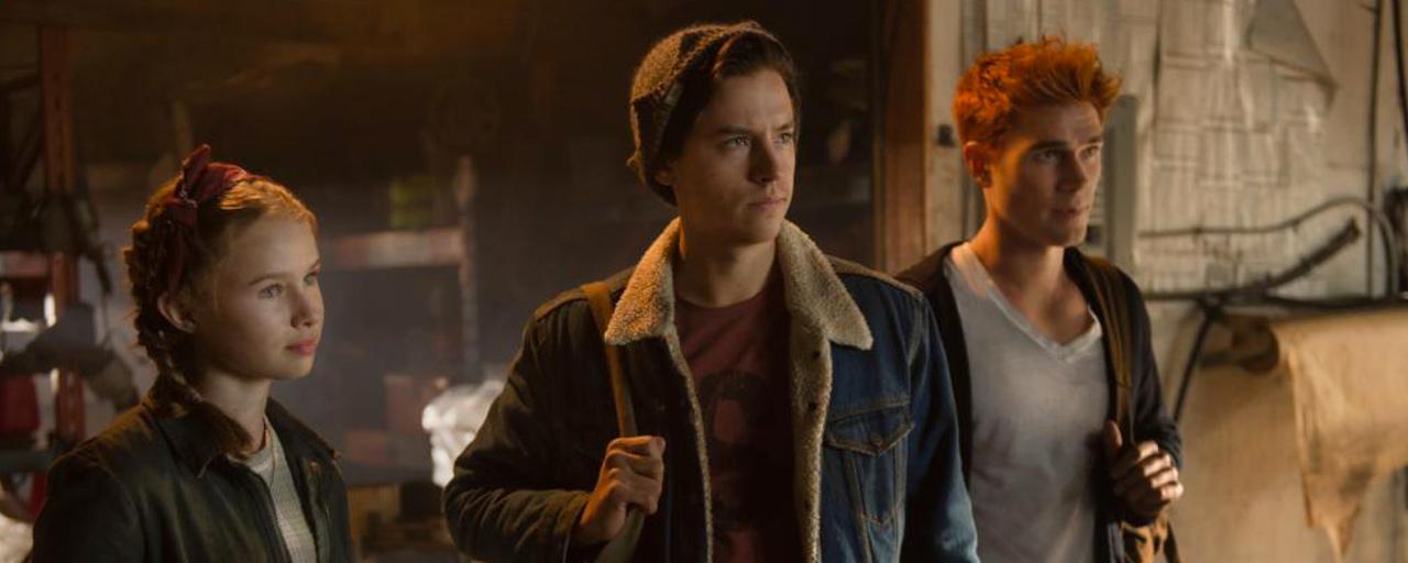 Riverdale saison 3 : Jughead retrouve sa mère et sa soeur dans le teaser du final de mi-saison