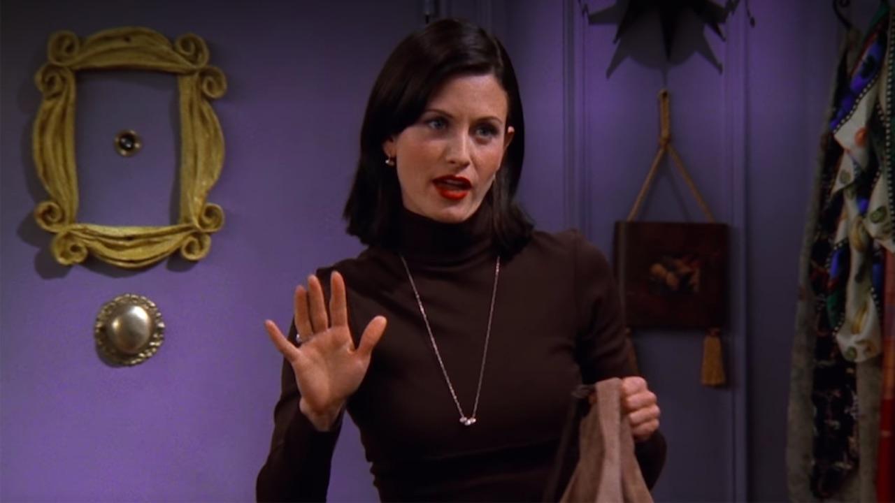 Friends : un nouveau faux raccord dans une scène avec Monica !