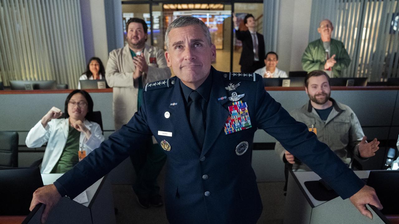 Space Force sur Netflix : que vaut la comédie spatiale qui se paye Donald Trump ?