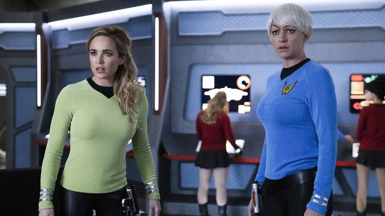 Legends of Tomorrow : un épisode qui parodie Friends, Star Trek et Downton Abbey