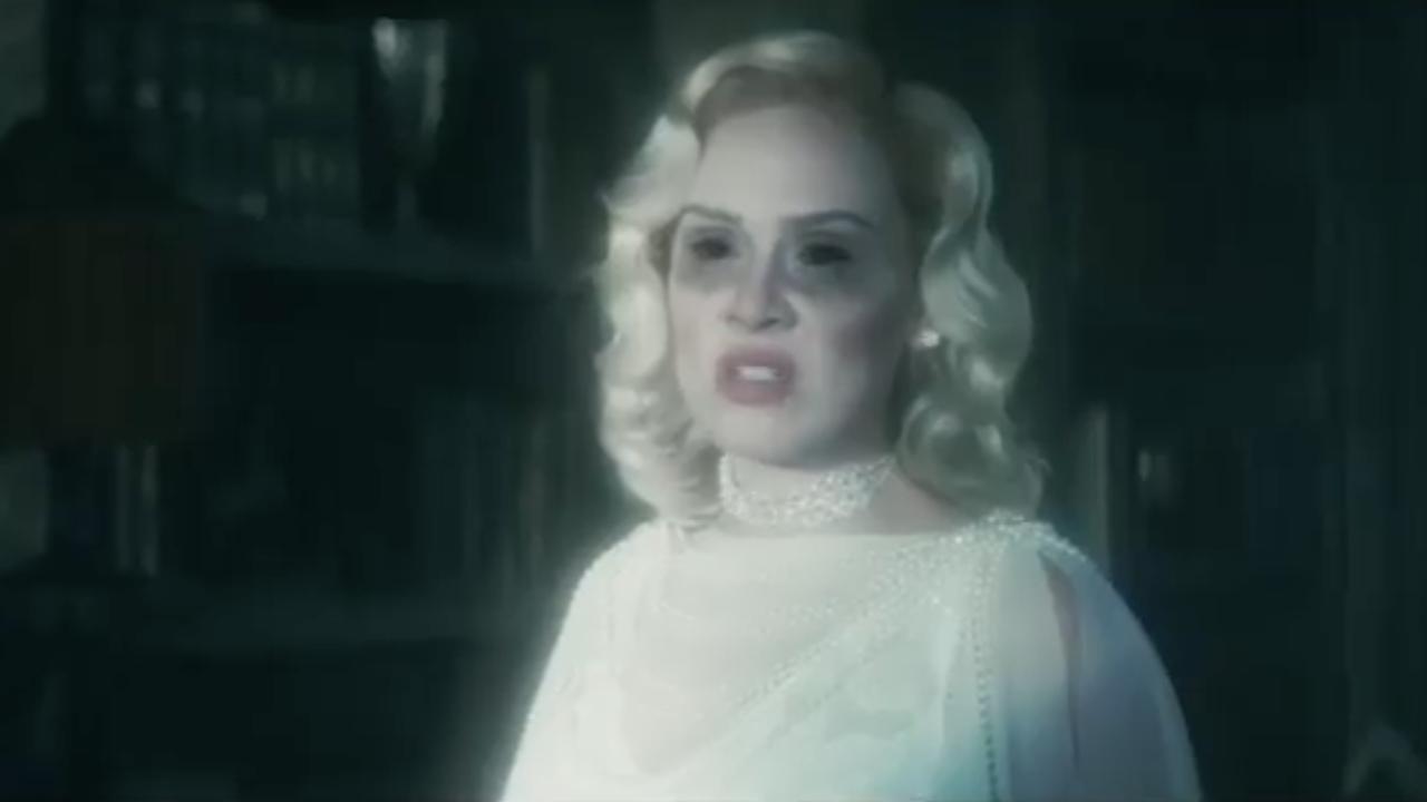 Bly Manor et Hill House : Adele parodie la série Netflix !