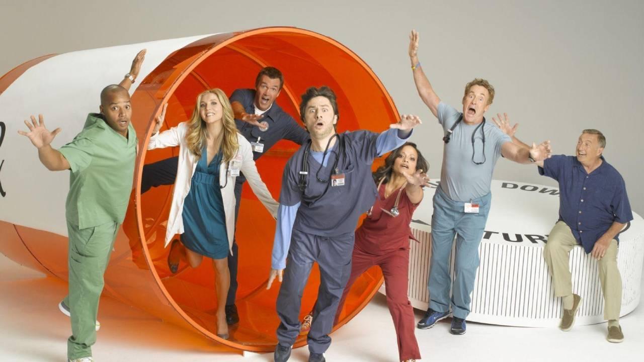 Scrubs sur Disney+ STAR : pourquoi cette comédie médicale est incontournable ?