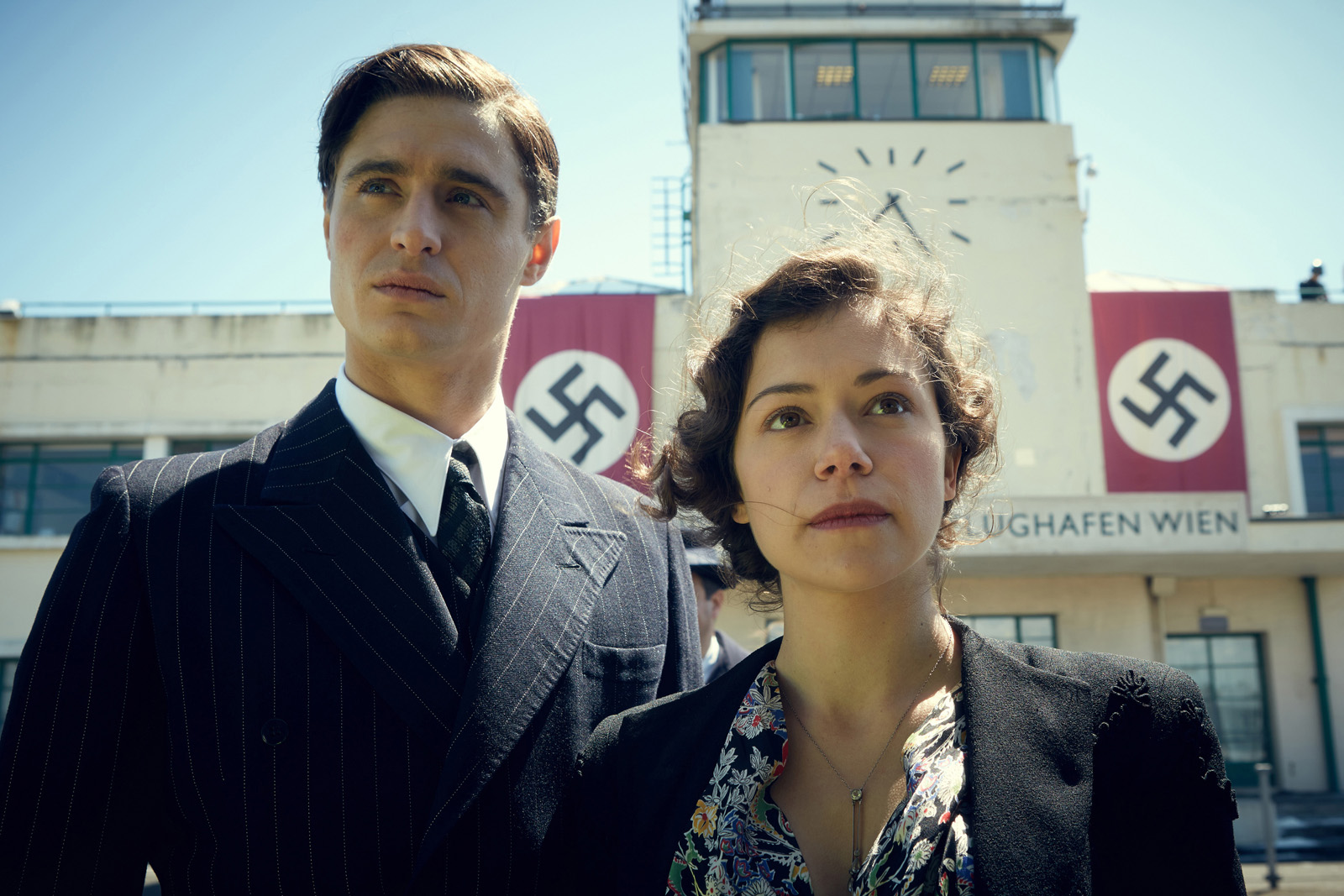 Woman in Gold - Max Irons et Tatiana Maslany