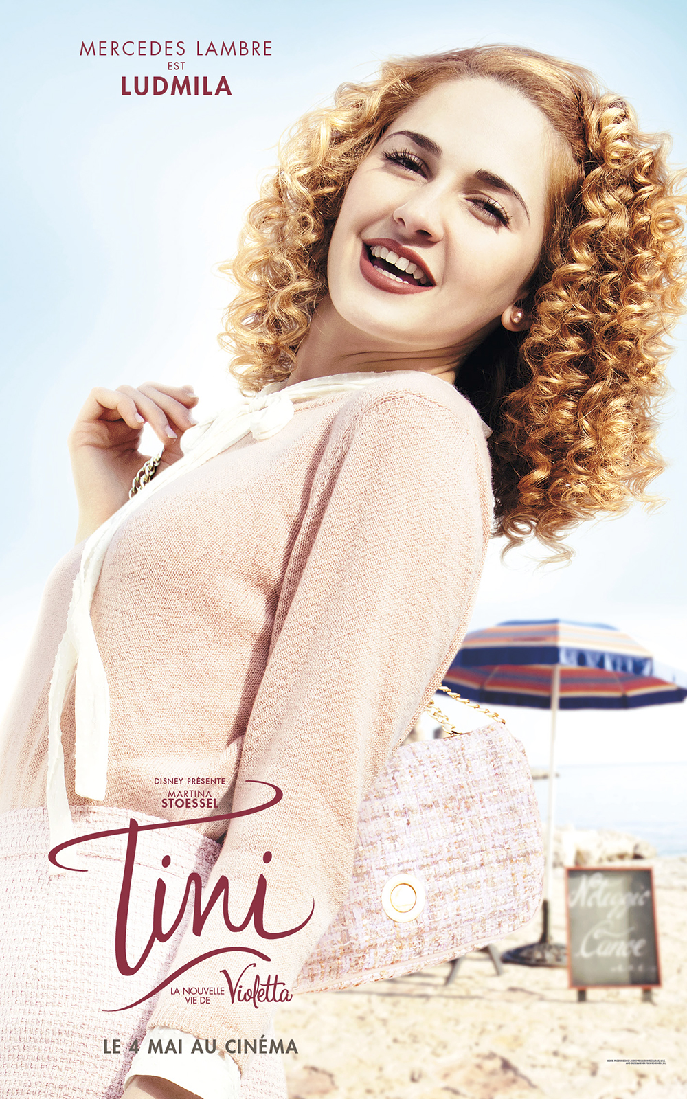 affiche du film tini la nouvelle vie de violetta affiche 4 sur 10 allocin. Black Bedroom Furniture Sets. Home Design Ideas