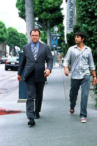 Criminal. : Photo Diego Luna, John C. Reilly