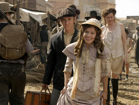 Deadwood : Photo Greg Cipes, Kristen Bell