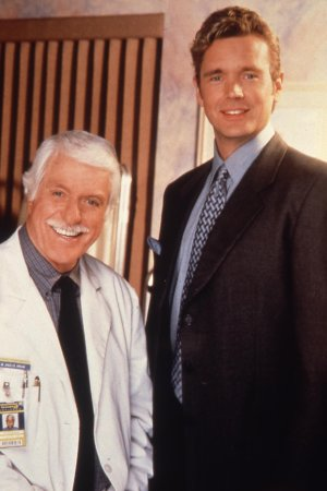 Diagnostic : Meurtre : Photo Dick Van Dyke, John Schneider