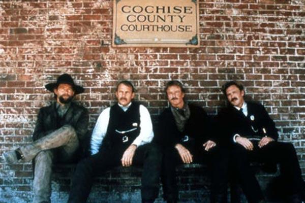 Wyatt Earp : Photo Jim Caviezel, Kevin Costner, Lawrence Kasdan, Linden Ashby, Michael Madsen