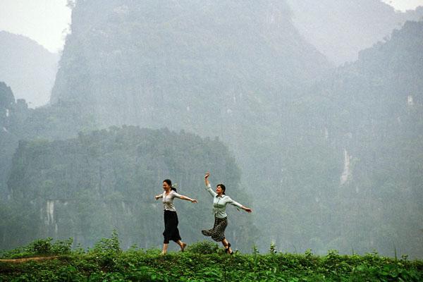 Les Filles du botaniste : Photo Dai Sijie, Li Xiao Ran, Mylène Jampanoï
