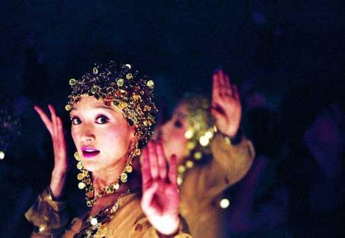 Perhaps Love : Photo Zhou Xun