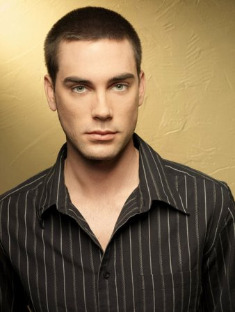 American Wives : Photo Drew Fuller