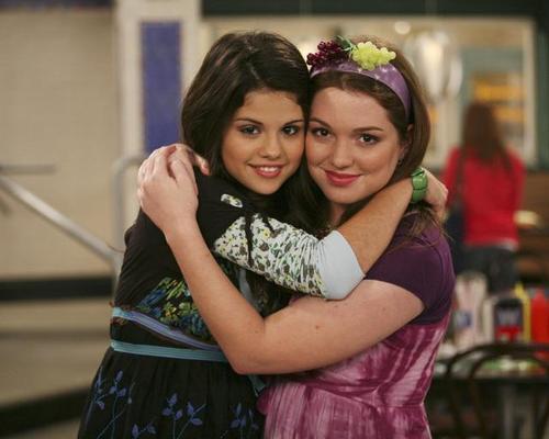 Les Sorciers de Waverly Place : Photo Jennifer Stone, Selena Gomez
