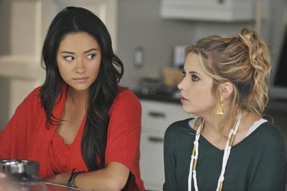 Photo Ashley Benson, Shay Mitchell