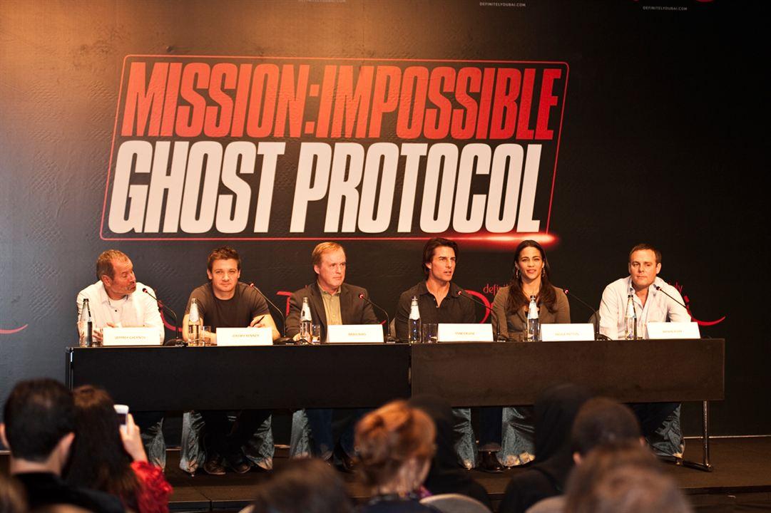 Mission : Impossible - Protocole fantôme : Photo Brad Bird, Jeremy Renner, Paula Patton, Tom Cruise