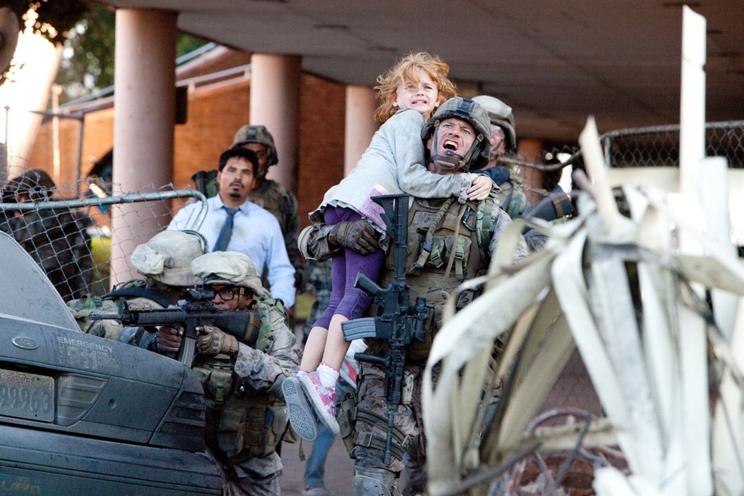 World Invasion : Battle Los Angeles : Photo Aaron Eckhart
