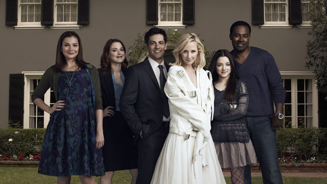 Photo Alexandra Breckenridge, Anne Heche, Heather Burns, Lamman Rucker, Madison Davenport