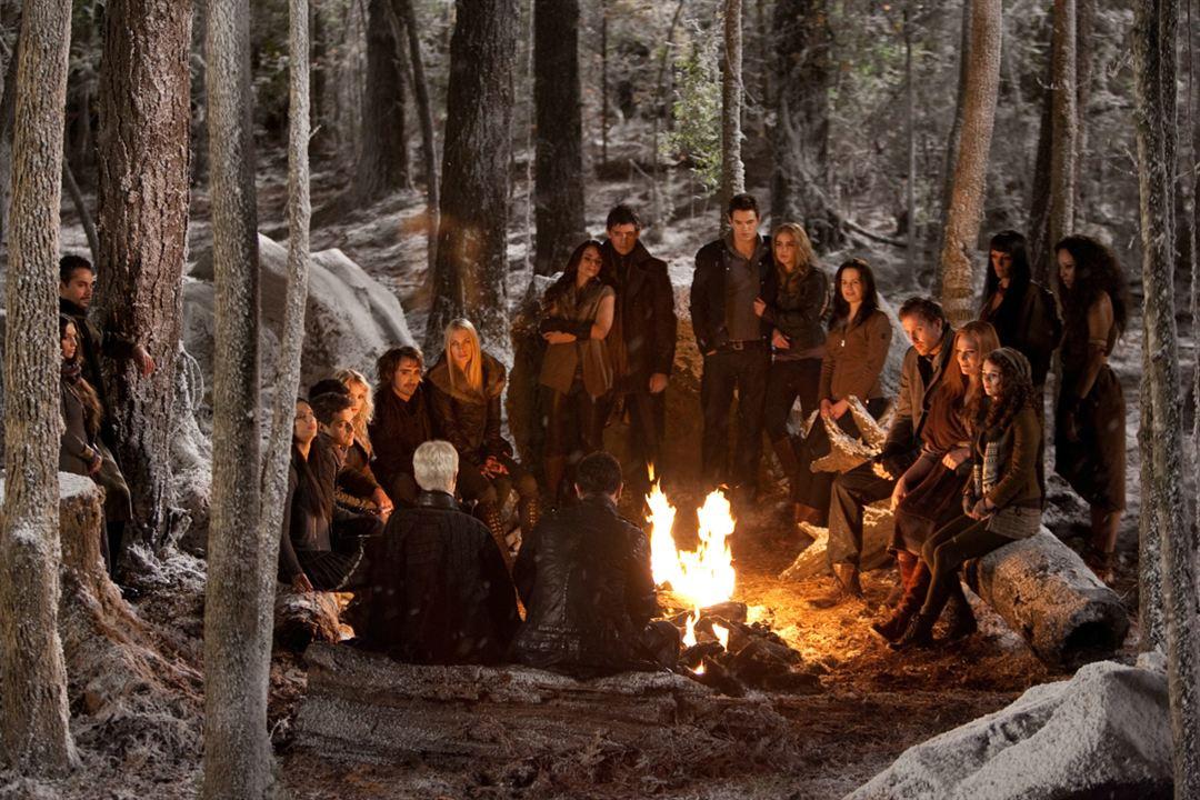 Twilight - Chapitre 5 : Révélation 2e partie : Photo Andrea Gabriel, Angela Sarafyan, Christian Camargo, Elizabeth Reaser, Guri Weinberg