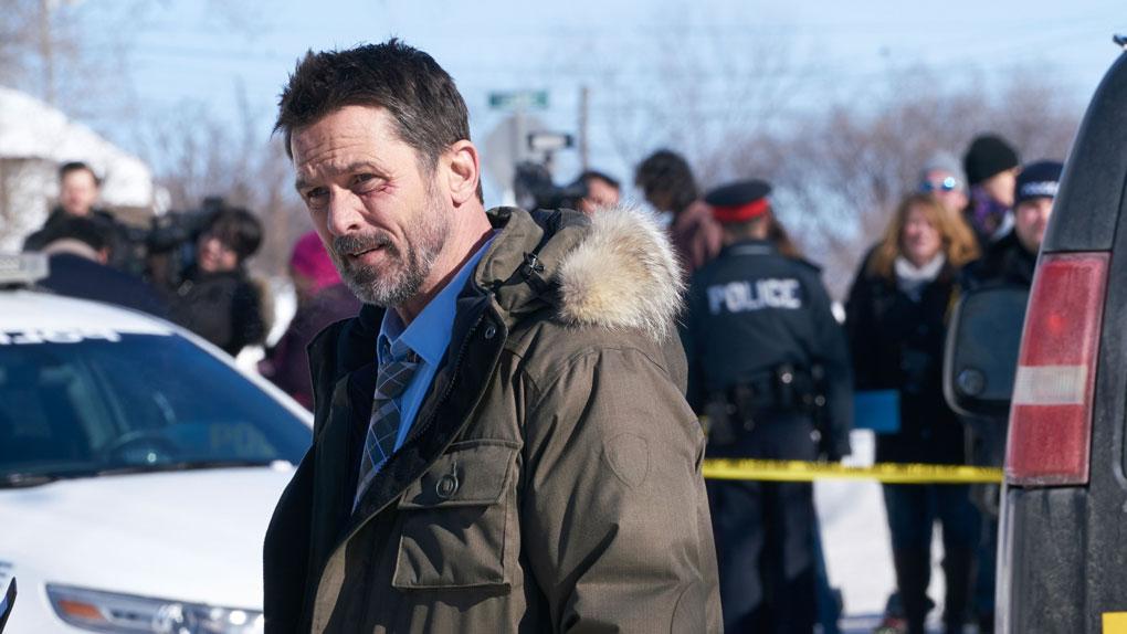 """Billy Campbell mène l'enquête dans le thriller """"Cardinal""""."""