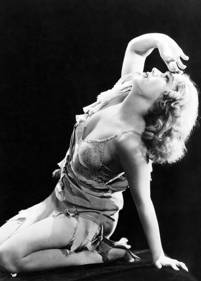 """Fay Wray, la première scream queen du cinéma, dans """"King Kong"""" (1933)"""