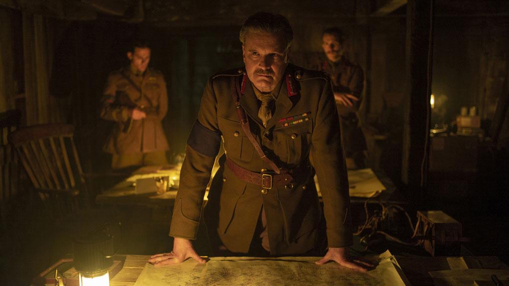 Colin Firth (le général Erinmore)
