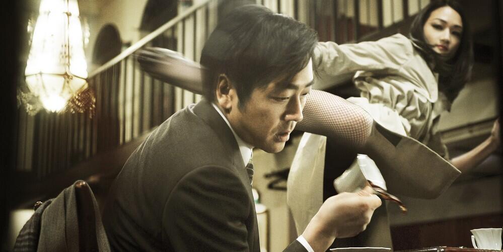 R100 : Photo Hitoshi Matsumoto