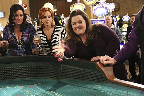 Photo Katy Mixon, Melissa McCarthy, Swoosie Kurtz
