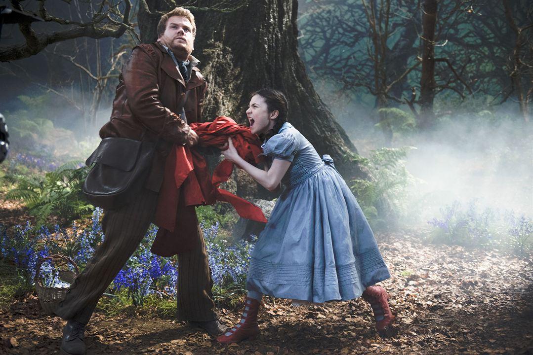 Into the Woods, Promenons-nous dans les bois : Photo James Corden, Lilla Crawford