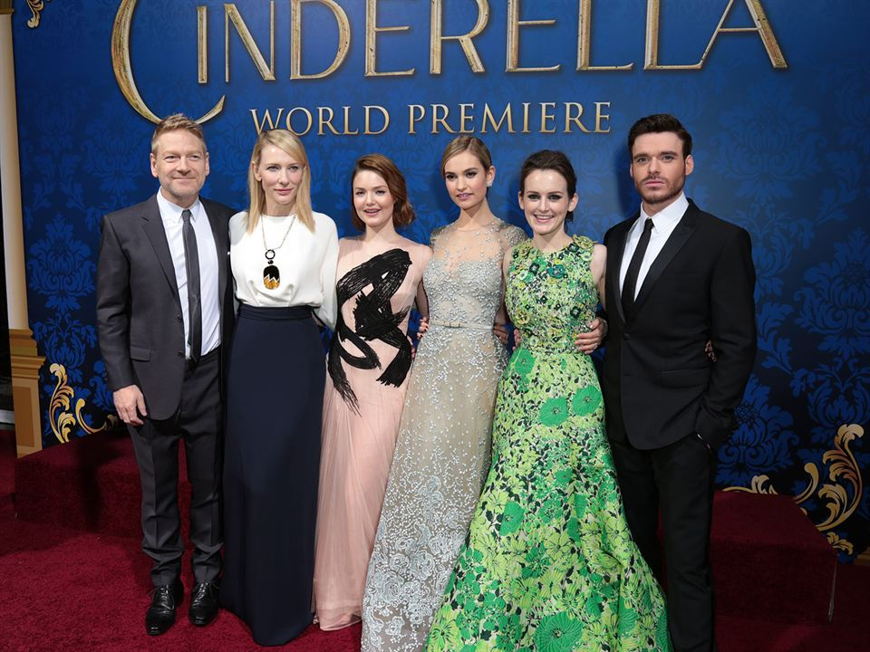 Cendrillon : Photo promotionnelle Cate Blanchett, Holliday Grainger, Kenneth Branagh, Lily James, Richard Madden