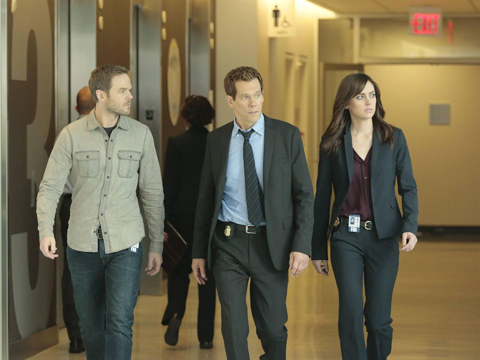 Photo Kevin Bacon, Shawn Ashmore, Valerie Cruz