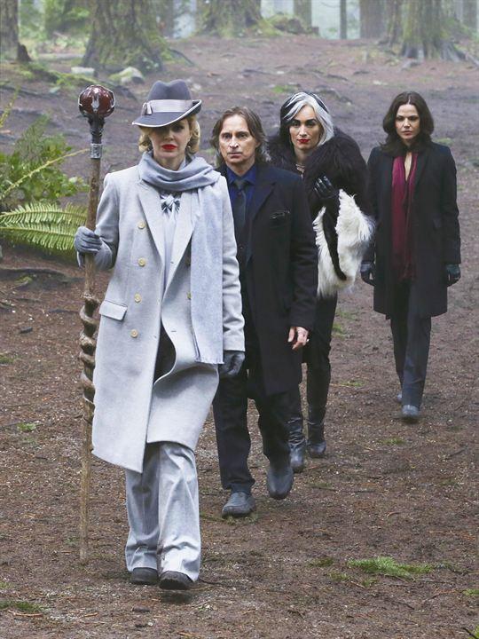 Photo Kristin Bauer, Lana Parrilla, Robert Carlyle, Victoria Smurfit
