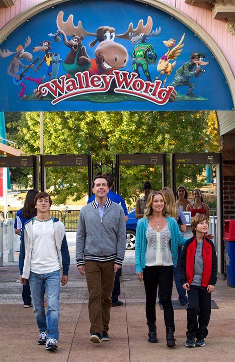 Vive les vacances : Photo Christina Applegate, Ed Helms, Skyler Gisondo, Steele Stebbins