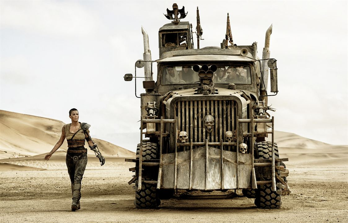 Mad Max: Fury Road : Photo Charlize Theron, Courtney Eaton, Nicholas Hoult, Riley Keough, Tom Hardy