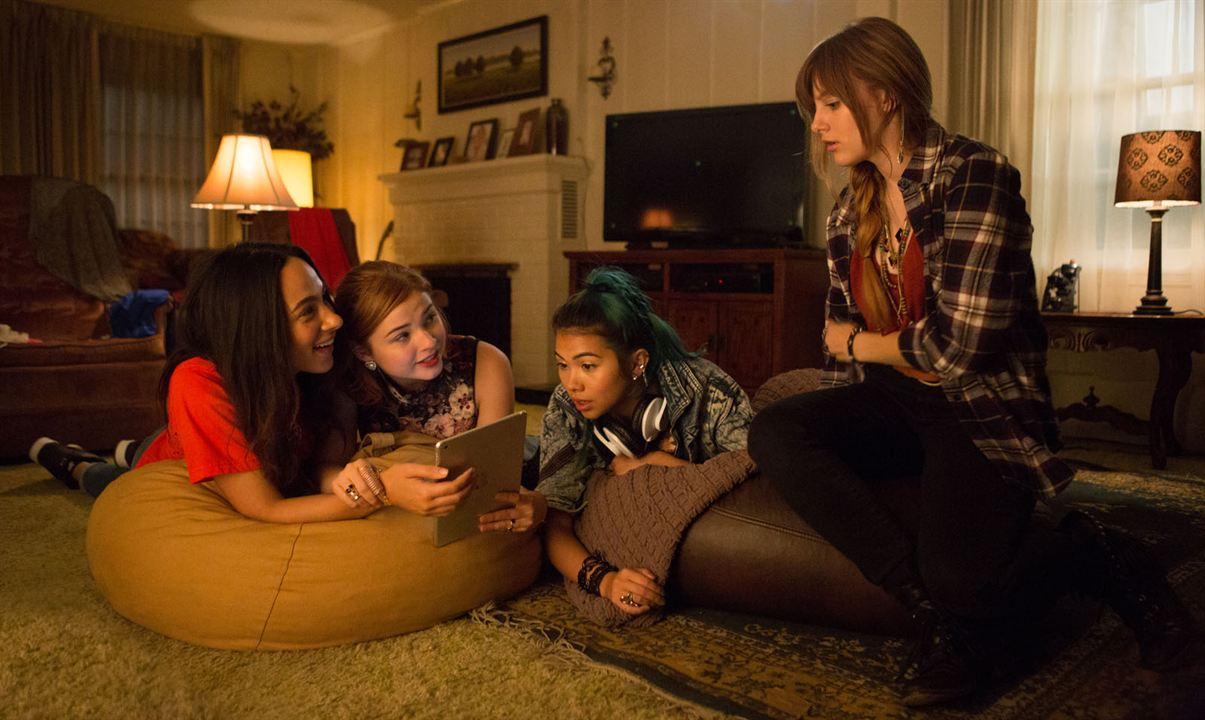 Jem et les Hologrammes : Photo Aubrey Peeples, Aurora Perrineau, Hayley Kiyoko, Stefanie Scott