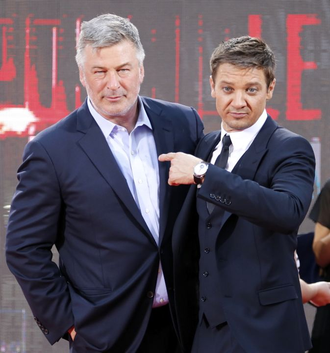 Photo promotionnelle Alec Baldwin, Jeremy Renner